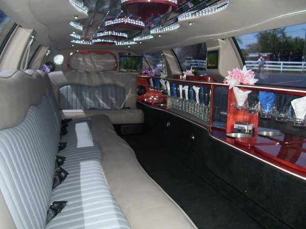 photo 13 of Royalty Limousines Inc.