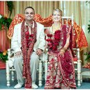 130x130 sq 1356924760585 amymanishwed10390