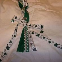 220x220 sq 1519159453 e1a0b3f2181f0958 1519159452 0f1b7525eda540ff 1519159451833 4 wedding irish hand