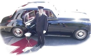 photo 1 of Sausalito limousines LLC (m.rollzlimousines.com)