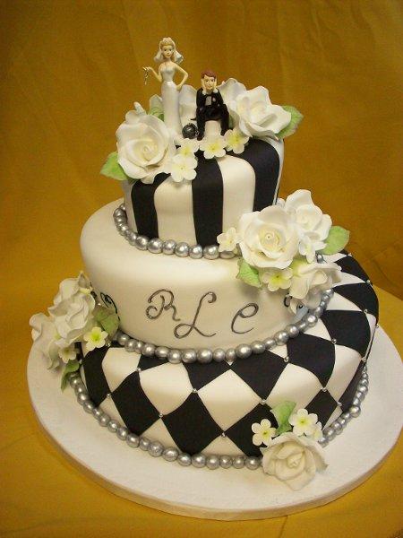 divine delicacies custom cakes miami fl wedding cake. Black Bedroom Furniture Sets. Home Design Ideas