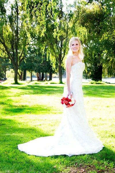 Brides 39 n maids santa rosa ca wedding dress for Santa rosa wedding dresses