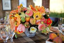 220x220 1366739283917 18 summer wedding ideas tulips and