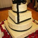 130x130 sq 1252638490107 julieweddingcake