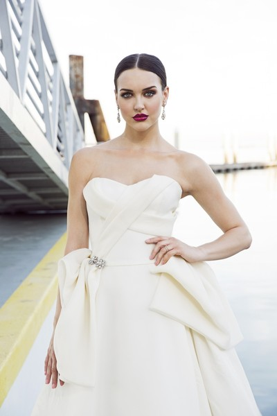 Lovella Bridal Photos, Dress & Attire Pictures, Greater Los Angeles Area - WeddingWire Mobile