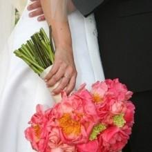 220x220 sq 1422975980608 600x6001187807206983 bouquet12