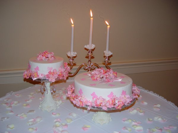 photo 2 of Cakes Divine, LLC (TM)
