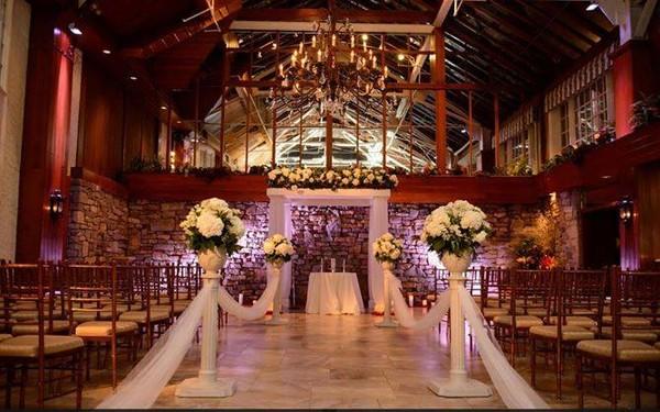 Wedding Cocktail Entertainer Long Island