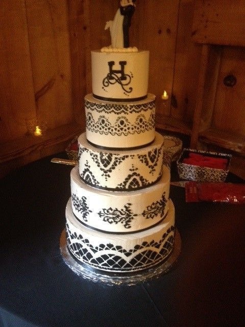 wedding cakes burlington dellveneri bakery wedding cake vermont burlington 23975