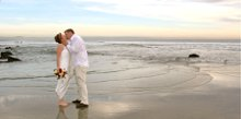 220x220 1270896494506 sandiegobeachweddings5