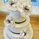 130x130 sq 1351531266518 blackandwhiteruffleflowercake