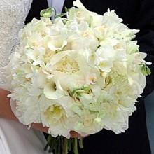 220x220 sq 1257486085154 bouquet594
