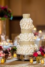 220x220 1443115901025 heavenly sweets cake 104  resized