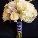 130x130 sq 1247497272484 flowers025