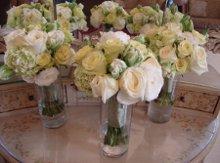 220x220 1300995451147 flowershop141