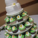 130x130 sq 1260158276062 cakes036