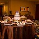 130x130_sq_1248198914464-weddingcaketable