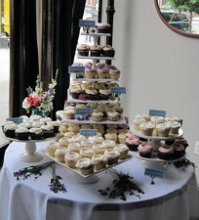 220x220 1249691343609 weddingcupcakes