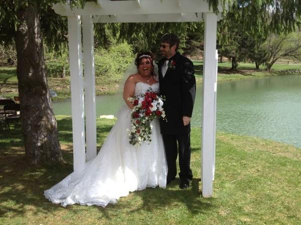 Eric and cindy robinson 4 20 2013 penn s murrysville wedding officiant
