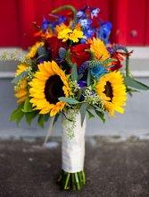 220x220 1330470018265 sunflowerautumnbridalbouquet