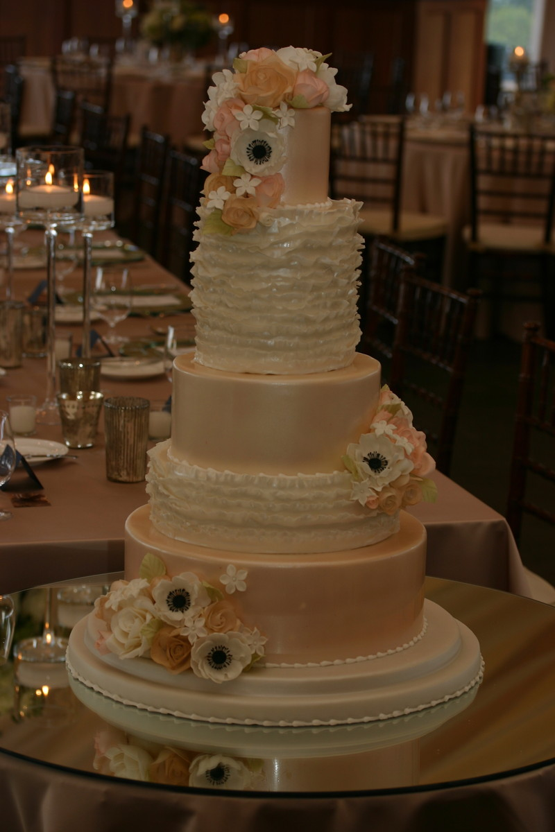 wedding cakes ri confectionery designs reviews amp ratings wedding cake 25365