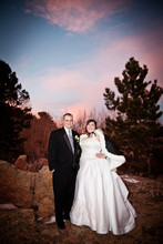 220x220_1384369024413-04bride-and-groom-