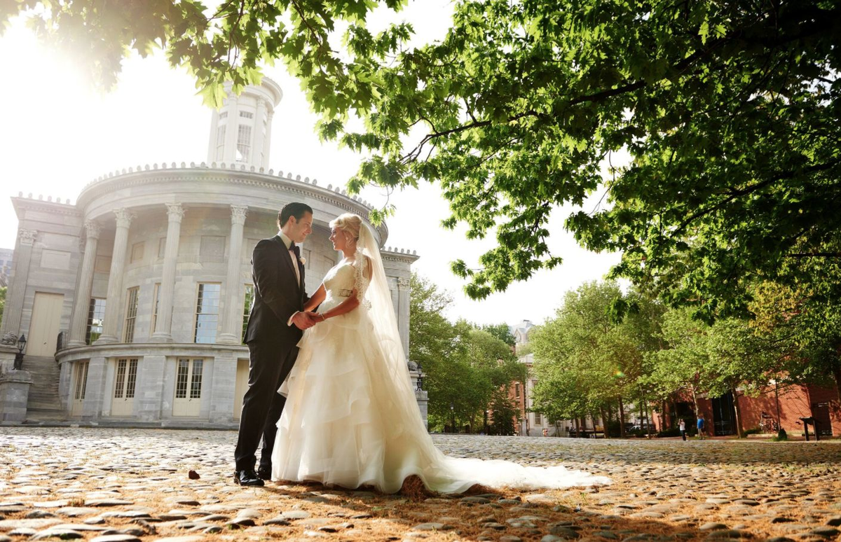 All about events planning philadelphia pa weddingwire for Wedding dress rental philadelphia