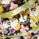 130x130 sq 1251141164787 cupcakes005