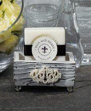 This vintage looking jeweled boxes are great party favors. Fill with your favorite treat or use them as placecard holders. Sold in a set of 6 these party favors come with Advantage Bridal's low price guarantee and fast shipping.