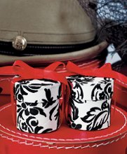 These fabulous damask favor boxes are done in black and white and are perfect for a black and white wedding! Sold in a set of 6, these favor boxes are ready to be filled and given away. And with Advantage Bridal's low price guarantee and fast shipping, they won't break your budget!