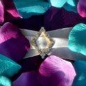 130x130 sq 1251317973993 petals