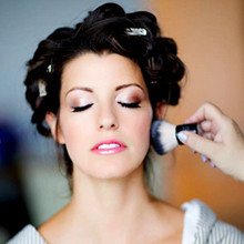 220x220 1390515874950 brides getting ready makeup by aradia 000 220x2