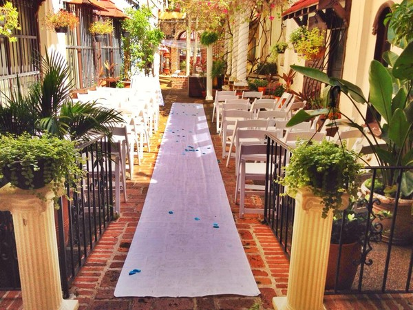 1415827391194 Courtyard Fort Lauderdale wedding venue