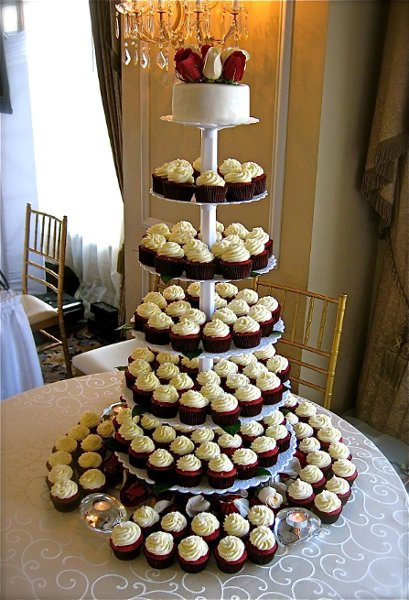 photo 1 of Cupcakes Catering