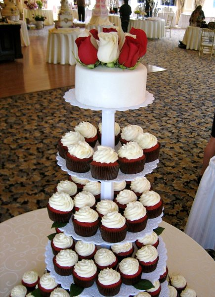 photo 9 of Cupcakes Catering