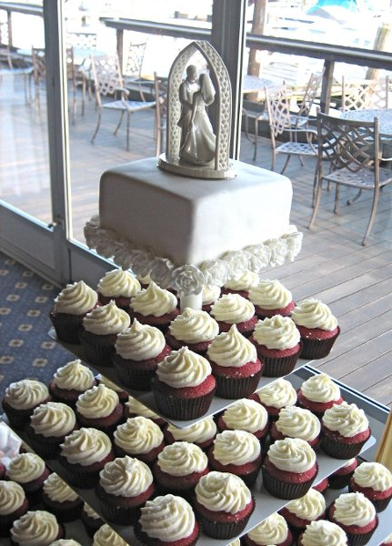 photo 10 of Cupcakes Catering