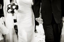220x220 1253420627249 weddingcouple