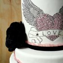 130x130 sq 1297972345234 wingedheartfakeweddingcakedetail