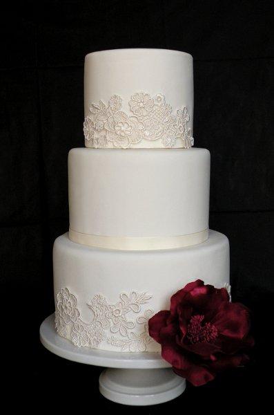 Fake Wedding Cake Rental Atlanta: Event highlight the big fake ...