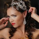 130x130_sq_1319055999354-crystalcombavailableatwww.bridalstylesboutique.com