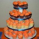 130x130 sq 1289332994918 cupcakes