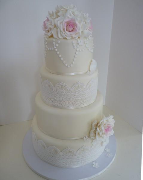 1417540894617 P1040494 Eliot wedding cake