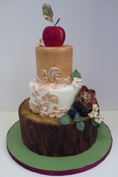 1417540978751 P1050231 Eliot wedding cake