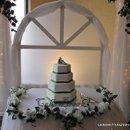 130x130 sq 1286516591851 cakes060