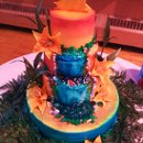 130x130_sq_1357011848127-waterfallweddingcake