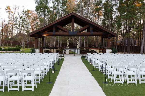 1486750089703 C Baron Photo The Springs Conroe Erin Robert 129 Montgomery wedding venue