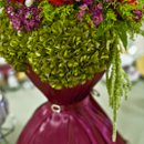 130x130_sq_1256835061458-centerpiece8695int