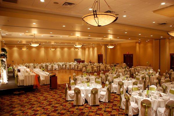 Deerfoot Inn & Casino - Calgary, AB Wedding Venue