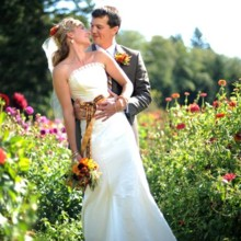220x220 sq 1396286206342 coupleflowersbarrentineweb10042009ibajmattwedding1