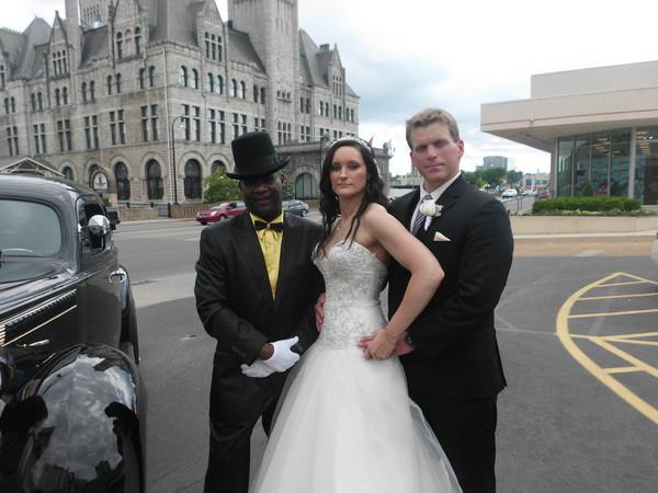 1462158139590 May 2013 030 Nashville wedding transportation